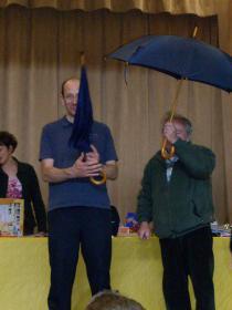 Eric et Serge avec leur parapluie